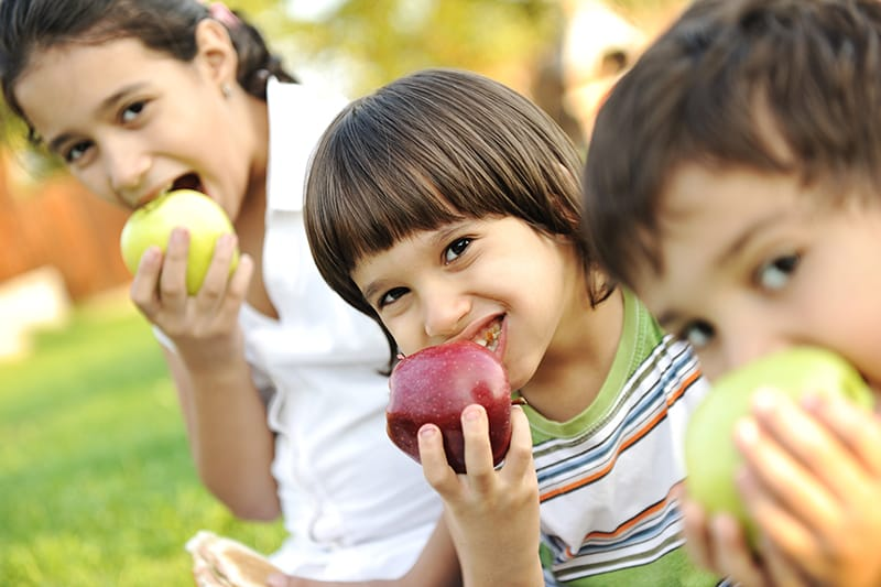 Healthy Snacks & Beverages for Kids